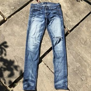 Madewell Low Rise Slim Selvedge Distressed Jeans